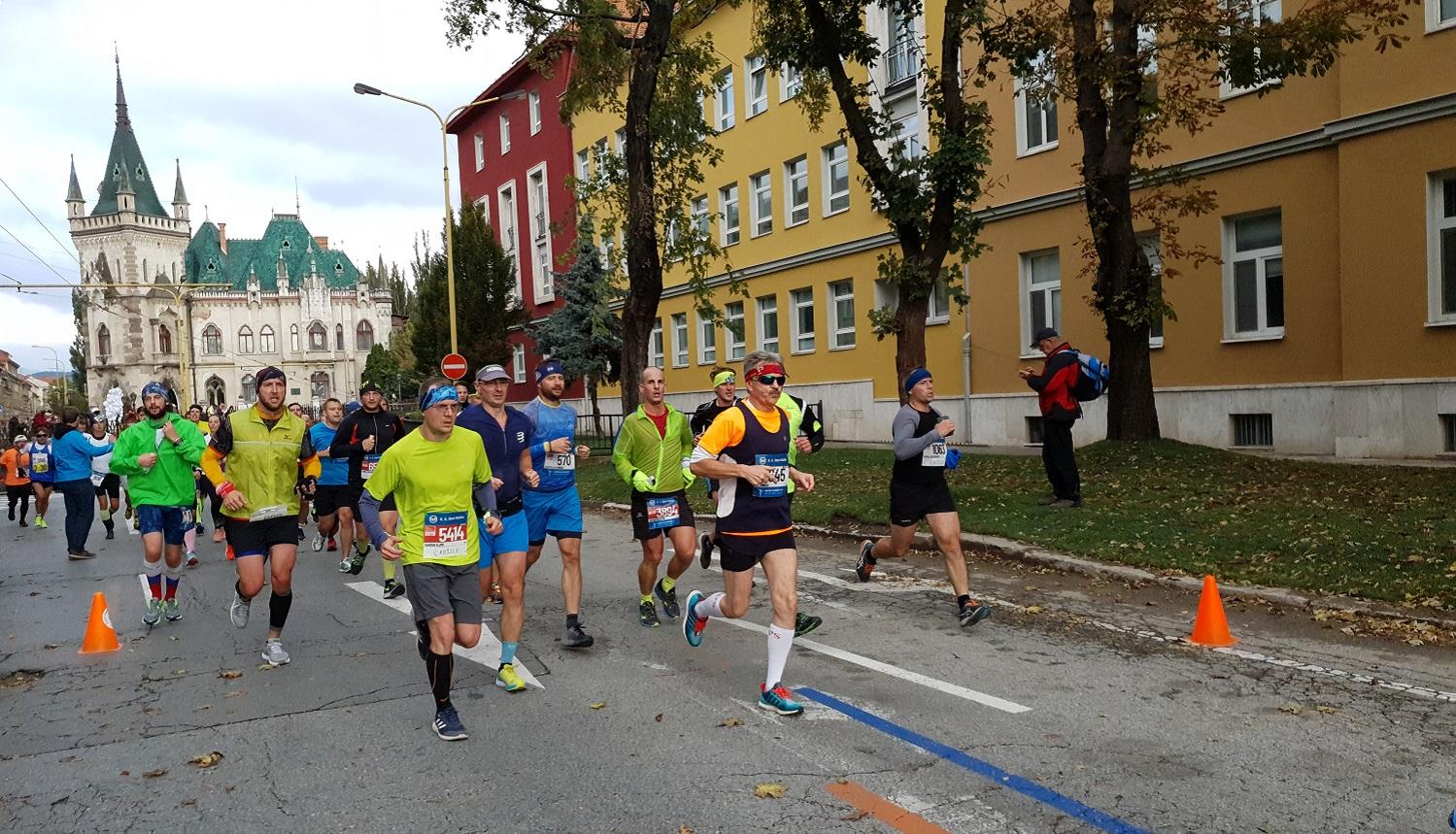 Una atmósfera única volvió a impregnar la Maratón Internacional de la Paz de Kosice de 2019