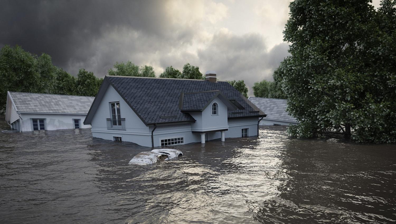 ¿Qué tipo de sistema de alerta debería utilizarse en zonas con riesgo de inundación?
