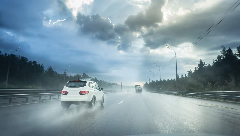 El uso de sirenas electrónicas en las autopistas