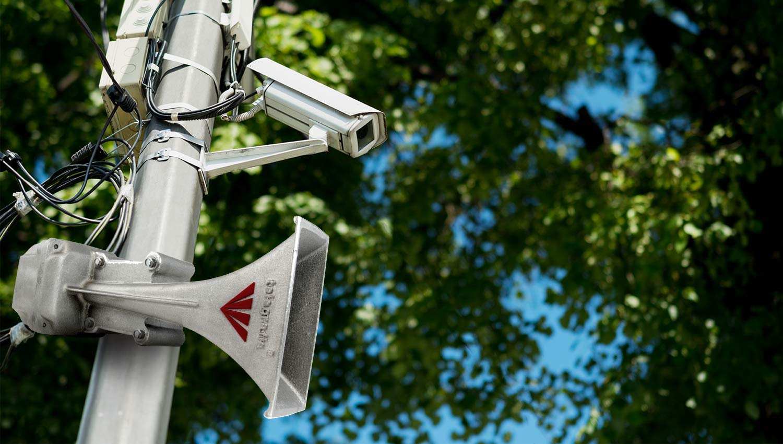 CCTV combinado con un sistema de alerta acústica y megafonía