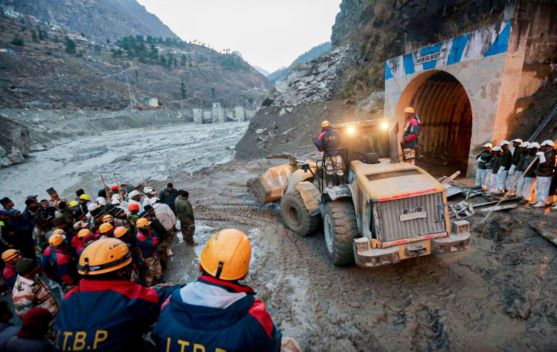 El desprendimiento de un glaciar en la India causa la rotura de una presa
